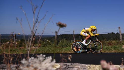 Tour de France 2019 : Julian Alaphilippe frappe un grand coup en remportant le contre-la-montre et conserve le maillot jaune