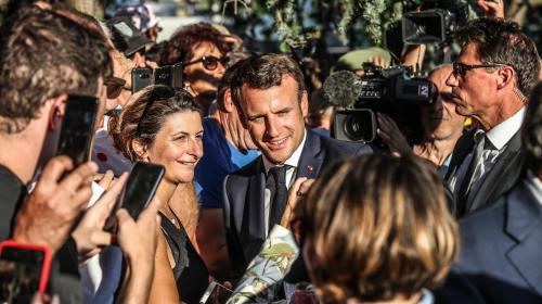 """VIDEO. """"Il faut qu'il se défende comme tout citoyen"""":quand Macron évoque l'affaire Rugy"""