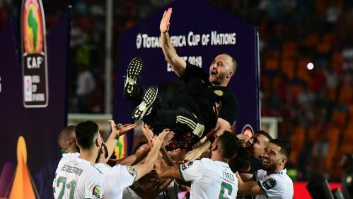 """""""Belmadi président !"""" : comment le sélectionneur de l'Algérie est devenu un héros national pendant cette CAN"""