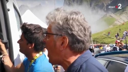 """VIDEO. """"Allez mon grand !"""" : l'explosion de joie de Marc Madiot après la victoire de Thibaut Pinot sur le Tour de France"""