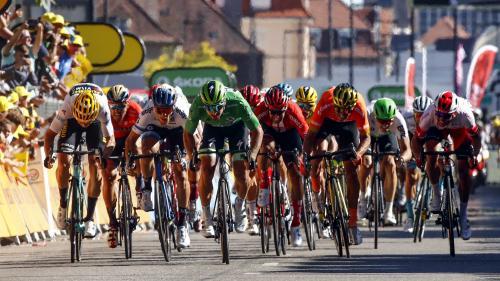 DIRECT. Tour de France 2019 : une chute sans gravité pour Geraint Thomas... Regardez et commentez la 16e étape de la Grande Boucle