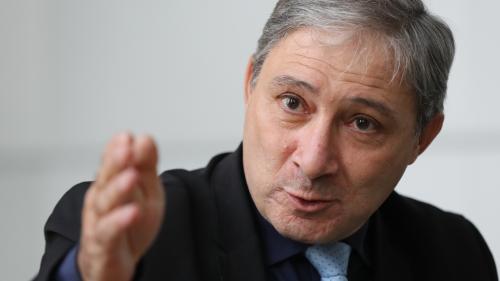 Affaire Legay : le procureur de Nice aurait dédouané les forces de l'ordre pour ne pas «mettre le chef de l'Etat dans l'embarras»