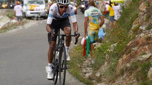 Tour de France : l'étape vers Tignes arrêtée avant son terme à cause d'un orage de grêle, les chronos sont figés au sommet du col de l'Iseran