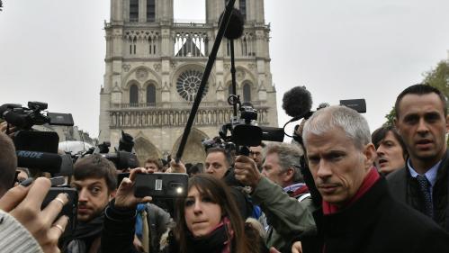 """Notre-Dame : """"Si le ministre de la Culture ignorait que 500 tonnes de plomb allaient être réduites en poussière, il devrait démissionner"""""""