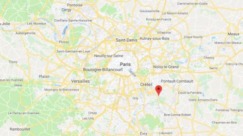 Une infirmière du Val-de-Marne se voit refuser sa demande de naturalisation parce qu'elle travaille trop