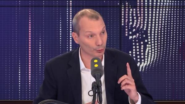 "Migrants : David Cormand dénonce le ""vernis humaniste"" d'Emmanuel Macron et l'action ""innommable"" de l'Europe"