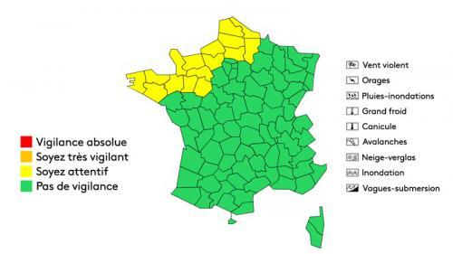 Tempête en Bretagne:1500 foyers privés d'électricité