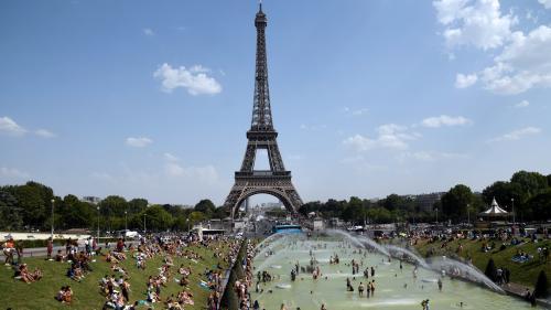 """Canicule de juillet : il a fait de """"1,5 à 3 °C"""" plus chaud à cause du réchauffement climatique, selon un groupe international de scientifiques"""