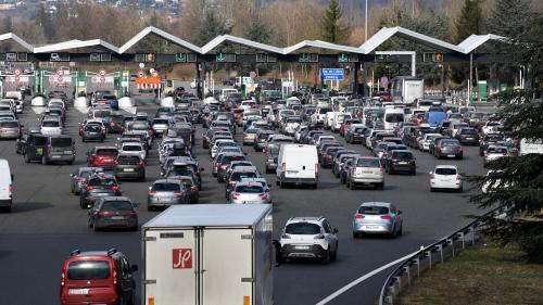 """""""Le profit retiré de cette privatisation est parfaitement scandaleux"""" : de plus en plus d'élus posent la question de la renationalisation des autoroutes"""
