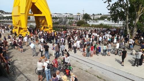 DIRECT. Mort de Steve : des centaines de personnes rassemblées dans le calme sur l'île de Nantes, la préfecture craint des tensions en centre-ville