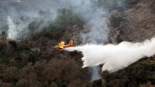 """Crash d'un Tracker dans le Gard : """"Les pilotes de bombardiers d'eau sont nos gardiens du ciel"""""""