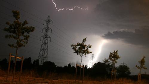 Météo : la vigilance orange aux orages est étendue à 20 départements, du Tarn-et-Garonne au Bas-Rhin