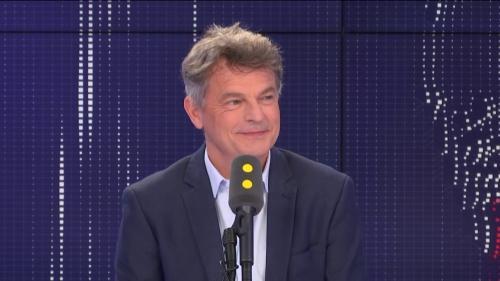 """VIDEO. Mort du maire de Signes: """"C'est de plus en plus dur et risqué"""" d'être élu local, dénonce Fabien Roussel"""