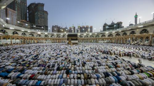 """""""C'est lamentable, il faut que ça cesse"""": des centaines de musulmans victimes d'arnaques avant le pèlerinage à La Mecque"""