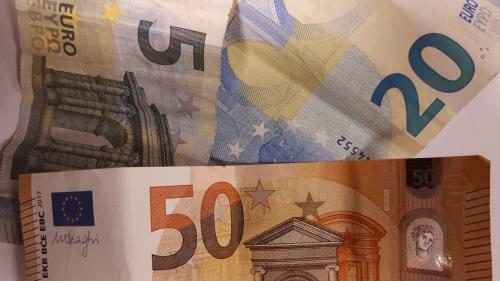 Pyrénées-Orientales : un homme reçoit 177 000 euros par erreur sur son compte et disparaît