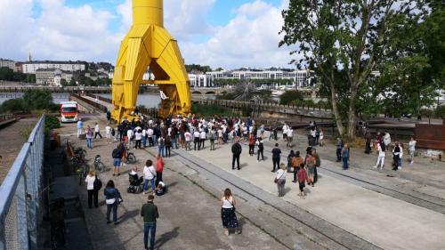 Entre 200 et 300 personnes rendent hommage à Steve Maia Caniço lors d'une marche blanche à Nantes