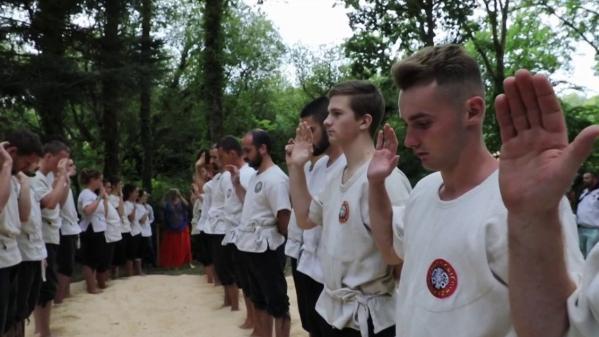 Bretagne : le gouren, une lutte ancestrale pratiquée dans les bois
