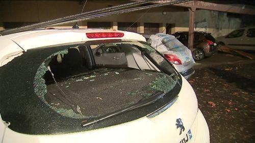 """VIDEO. """"J'ai paniqué et je me suis enfermé dans le garage"""" : en Moselle, l'angoisse des habitants au passage de la tornade"""