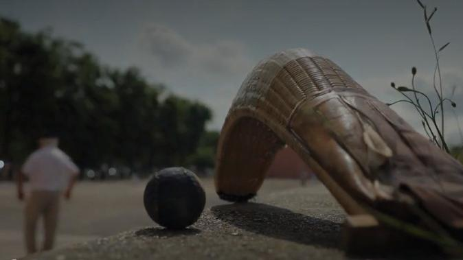 Sport : la pelote, une tradition basque - Franceinfo