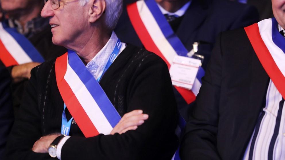 Politique : ces maires qui décident d'arrêter - Franceinfo