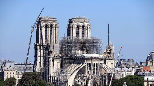 Incendie de Notre-Dame : restrictions de circulation pour les voitures et les piétons à partir de lundi