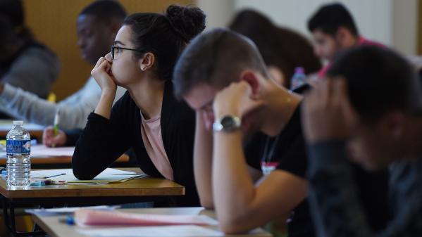 Baccalauréat : le lycéen soupçonné de triche crie à l'injustice