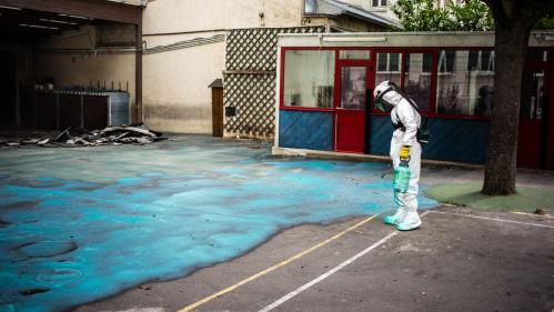 Notre Dame : l'opération de dépollution au plomb a débuté