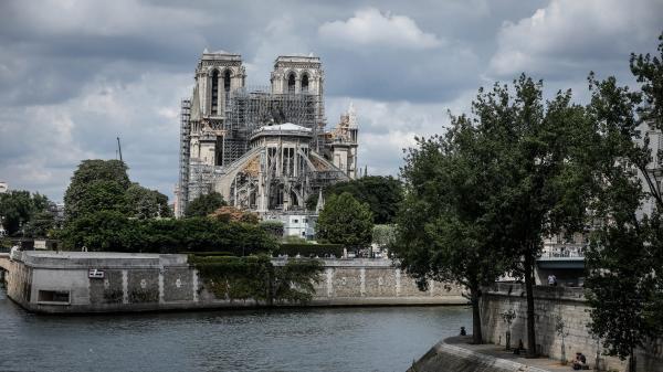 """Dépollution de Notre-Dame : """"On ne peut pas préjuger du succès ou de l'insuccès del'opération"""""""