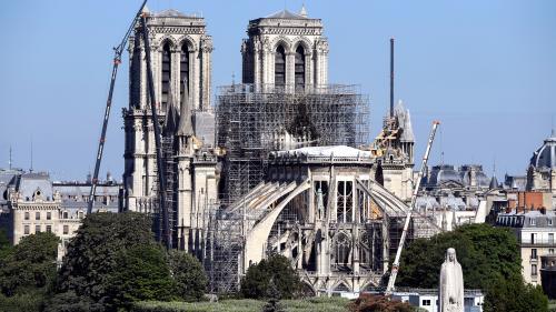 Les travaux de décontamination du plomb à Notre-Dame ont commencé, on répond à trois questions sur ce chantier en plein Paris