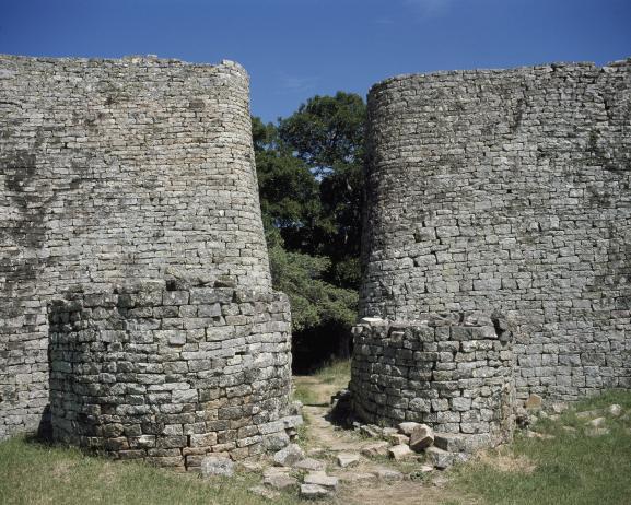 Les ruines du site de Grand Zimbabwe, près de la ville de Masvingo dans le sud du Zimbabwe