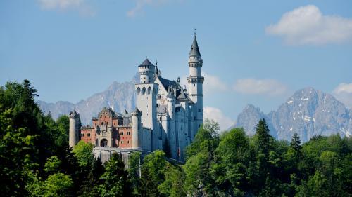 En Allemagne, le château féerique de Neuschwanstein est le site touristique le plus visité dupays