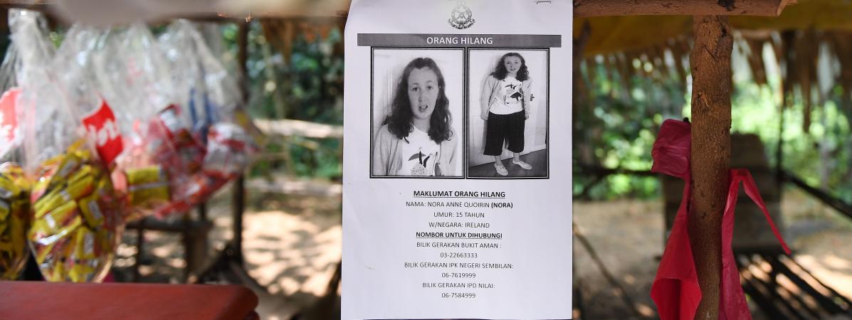 Une affiche montrant l\'adolescente de 15 ans Nora Quoirin, disparue en Malaisie le 4 août et dont le corps a finalement été retrouvée le 13 août 2019.