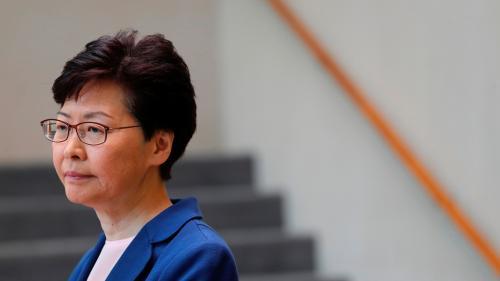 """Pékin dit soutenir """"fermement"""" Carrie Lam à la tête de Hong Kong"""