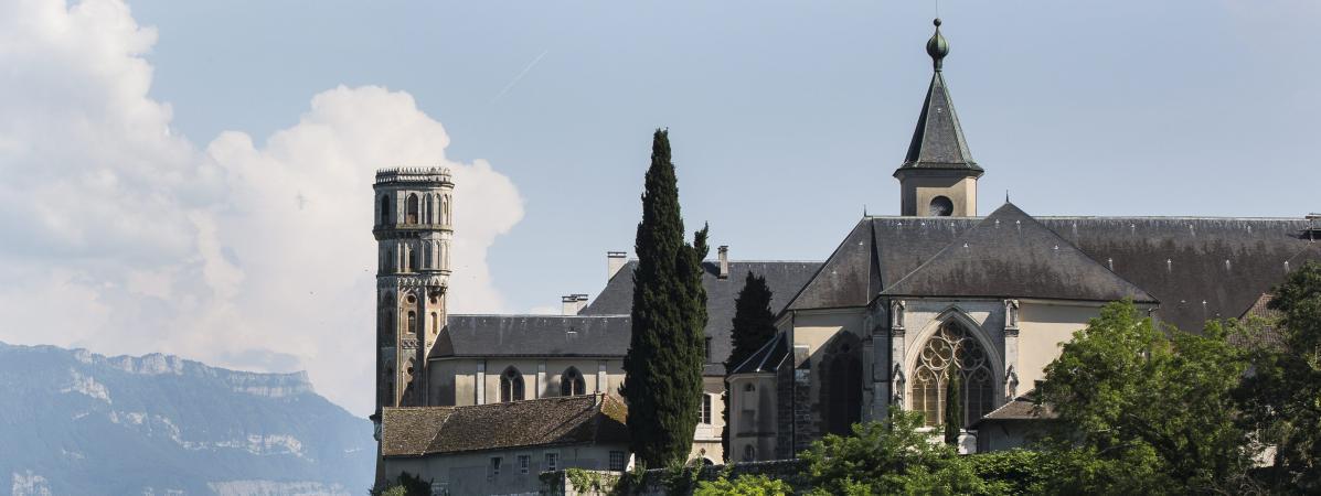 Carte postale. L'abbaye royale d'Hautecombe