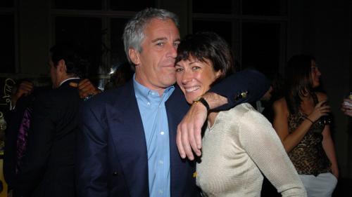 Proche des Clinton, fille de milliardaire, introuvable : qui est Ghislaine Maxwell, complice présumée de Jeffrey Epstein ?