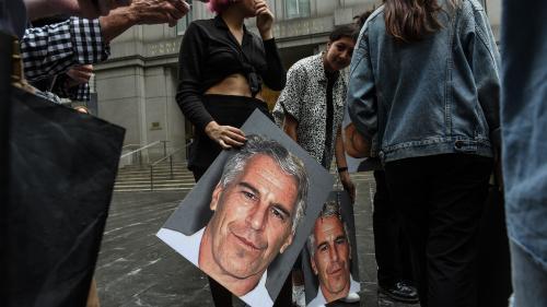 Deux femmes portent plainte contre les héritiers de Jeffrey Epstein et réclament 100 millions de dollars