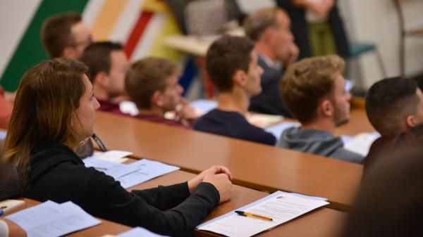 """""""Les étudiants s'appauvrissent plus vite que le reste de la population"""", déplore la présidente del'Unef"""