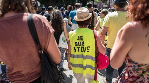 """Quelques centaines de personnes mobilisées pour le quarantième samedi de mobilisation des """"gilets jaunes"""""""