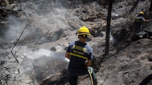 Un nouvel incendie sur l'île de Grande Canarie contraint le gouvernement à ordonner l'évacuation