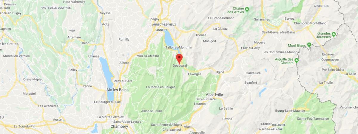 Annecy : un homme arrêté en voiture, le corps de son épouse dans son coffre