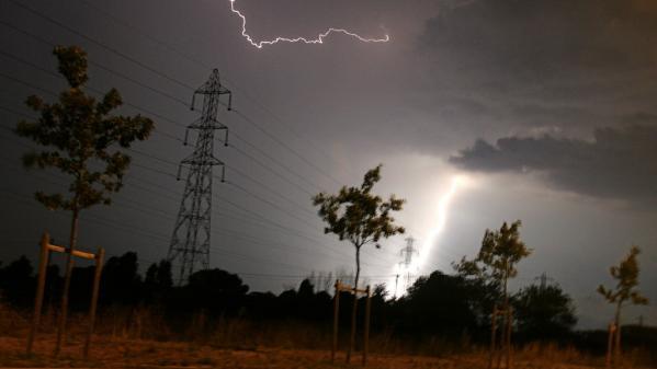 Intempéries : orages et grêle causent d'importants dégâts