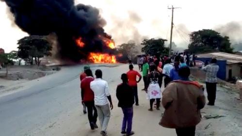 Ouganda : 19 morts dans l'explosion d'un camion-citerne