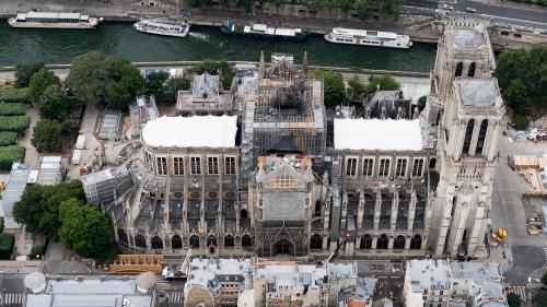 Notre-Dame : les travaux de consolidation reprennent