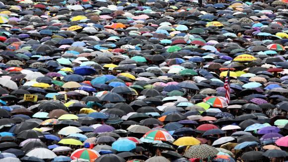 1,7 million de personnes ont défilé dans le quartier financier deHong Kong le 18 août 2019.