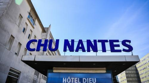 Après sept années d'enfer à cause d'une maladie rare, elle a été opérée et sauvée par le CHU de Nantes