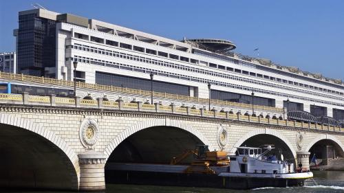 INFO FRANCE 3. La France va réaliser 2 milliards d'euros d'économies en 2019 grâce à des taux d'intérêts au plus bas