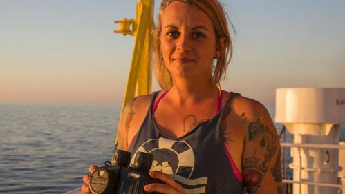 """Migrants : une capitaine du """"Sea Watch 3"""" refuse d'être décorée par la Ville de Paris"""