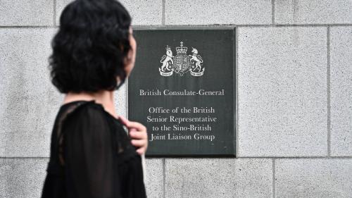 Pékin confirme la détention d'un employé du consulat britannique à Hong Kong