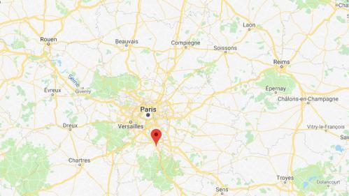Des bombes d'acide découvertes dans un parc pour enfants dans l'Essonne