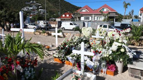 La veuve de Johnny Hallyday va faire construire un caveau familial à Saint-Barth